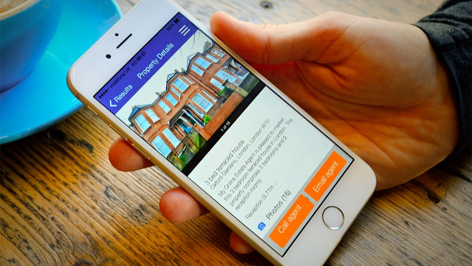 Using Your Smartphone To Buy A House