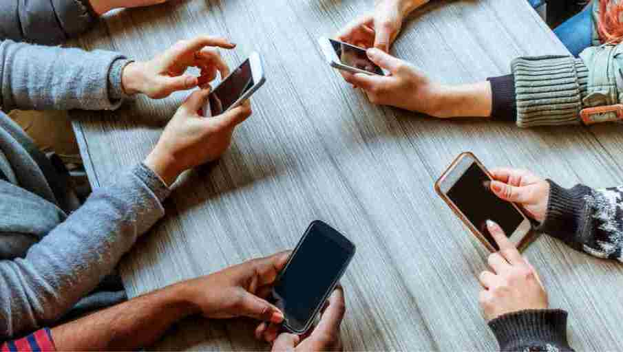 Signs You Are Addicted To Your Phone